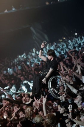 Guy In Wheelchair Crowdsurfs At Korn Concert In Moscow