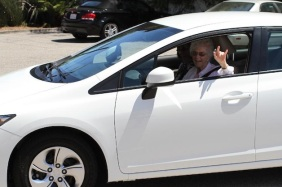 105-year-old Facebook user gifted new car anonymously