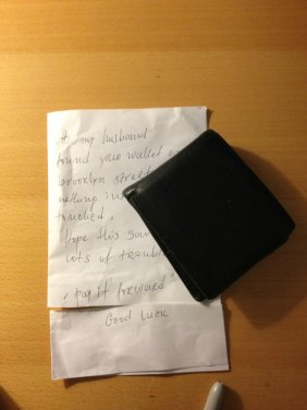 Wallet returned by stranger - Imgur