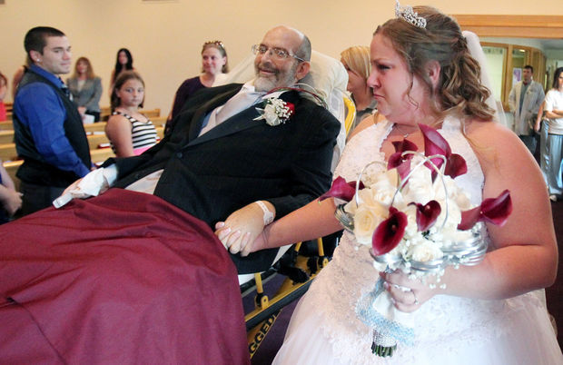 UH nurses help a dying dad to his daughter's wedding walk down the aisle