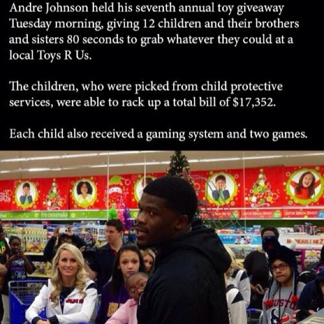 or the seventh year in a row, Andre Johnson became a real-life Santa Claus to 12 kids from child protective services as he let them rip through Toys 'R' Us and grab as many presents as they could carry in 80 seconds