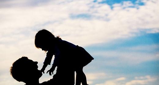 silhouette father child-