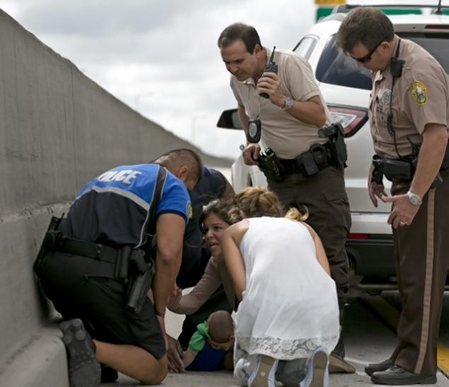 A Woman Performed CPR on an Infant on the Side of a Highway in Miami Today and Saved the Baby's Life