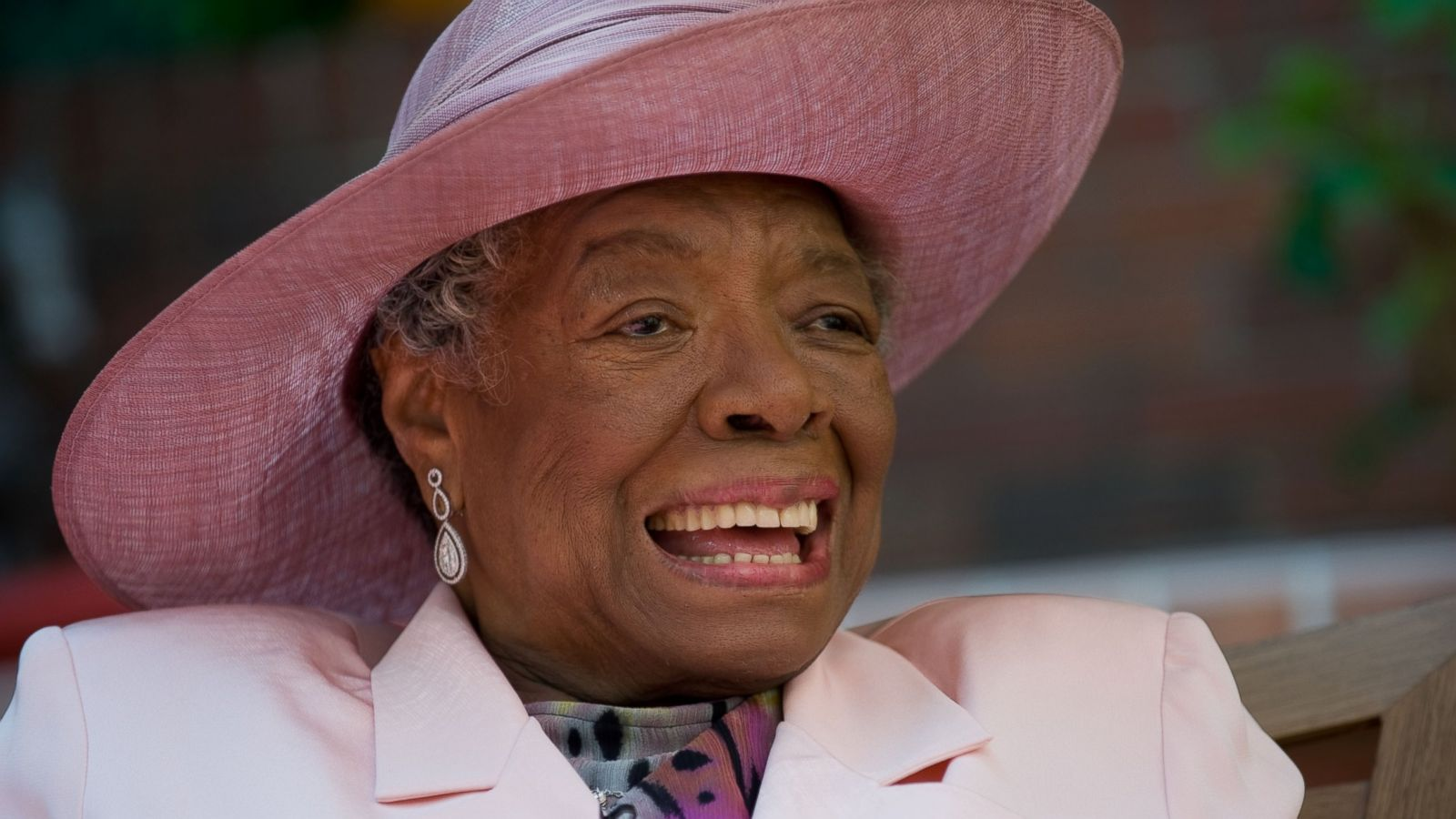 maya angelou 1 Browse through maya angelou's poems and quotes 53 poems of maya angelou still i rise, the road not taken, if you forget me, dreams, annabel lee (born marguerite ann johnson on april 4, 1928) was an american author and poet who has been called.