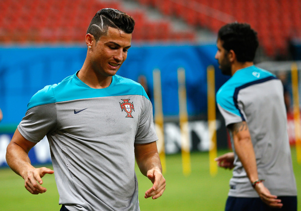 showbiz-fifa-world-cup-2014-cristiano-ronaldo-02