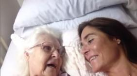 moment-mother-alzheimers-recognizes-her-daughter-video