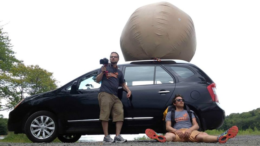 Thomas Cantley is pushing an enormous inflatable testicle across the country