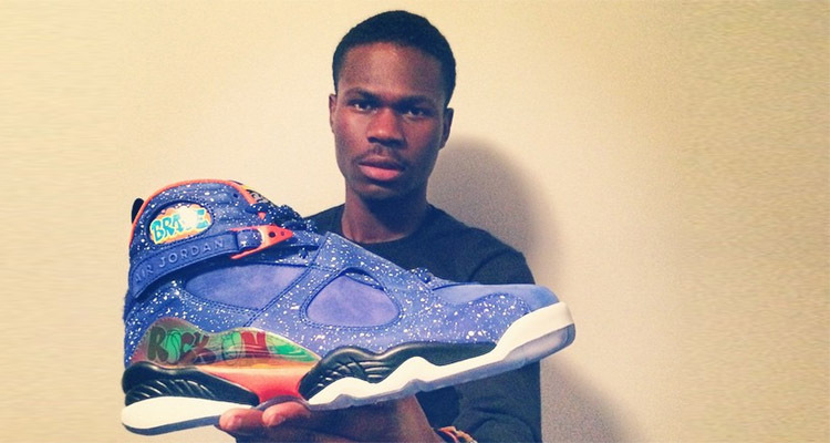 d8c6bbbf9aa8 Christmas Kindness  High Schooler Gives His Bullied Classmate Some New  Sneakers – Kindness Blog