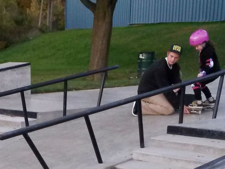 Cambridge mom's thank-you letter to teen skateboarder goes vira
