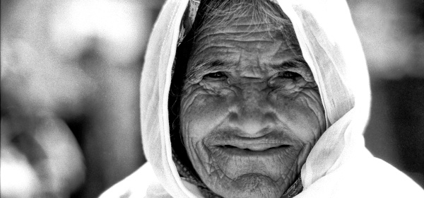 old woman palestinian