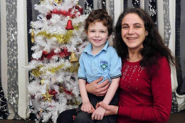 """A mystery person left this note and £100 in Claire Rock's mailbox this past week to help the single mother buy presents for son. Rock had been worrying she wouldn't be able to give her 5-year-old any Christmas gifts this year because she's been struggling so much financially. """"I just burst into tears,"""" she said. """"I want others to know there are so many kind people out there."""" The letter reads: """"To Claire: I know life has been tough these last few months. Please accept this gift to help keep the magic of Christmas so special for wee John. We all know it's not all about the money, but we know too that Christmas costs a fortune. Stay positive. Love from a fellow human."""" (via Michael Gillen/HEMEDIA)"""
