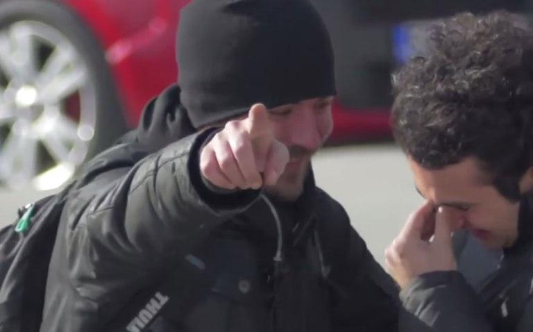 Entire Neighbourhood Secretly Learns Sign Language To Surprise Deaf Neighbor