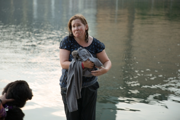 This woman jumped into the Boston Waterfront to save a wild bird.